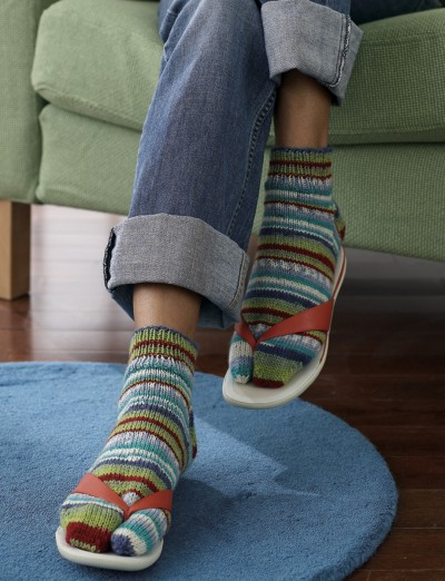 Knitting Pattern For Flop : Flip-Flop Socks - Patterns Yarnspirations