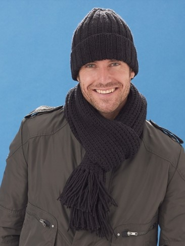 Knitting Pattern For Mens Scarf And Hat : Caron Mens Basic Hat & Scarf, Knit Pattern Yarnspirations