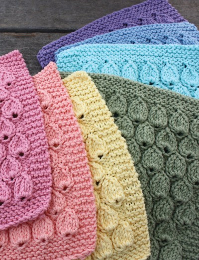 Lily Raindrop Dishcloth, Knit Pattern Yarnspirations