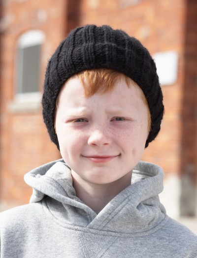 Bernat Boys Hat, Knit Pattern Yarnspirations