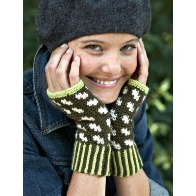 Patons Fair Isle Fingerless Mitts, Crochet Pattern | Yarnspirations