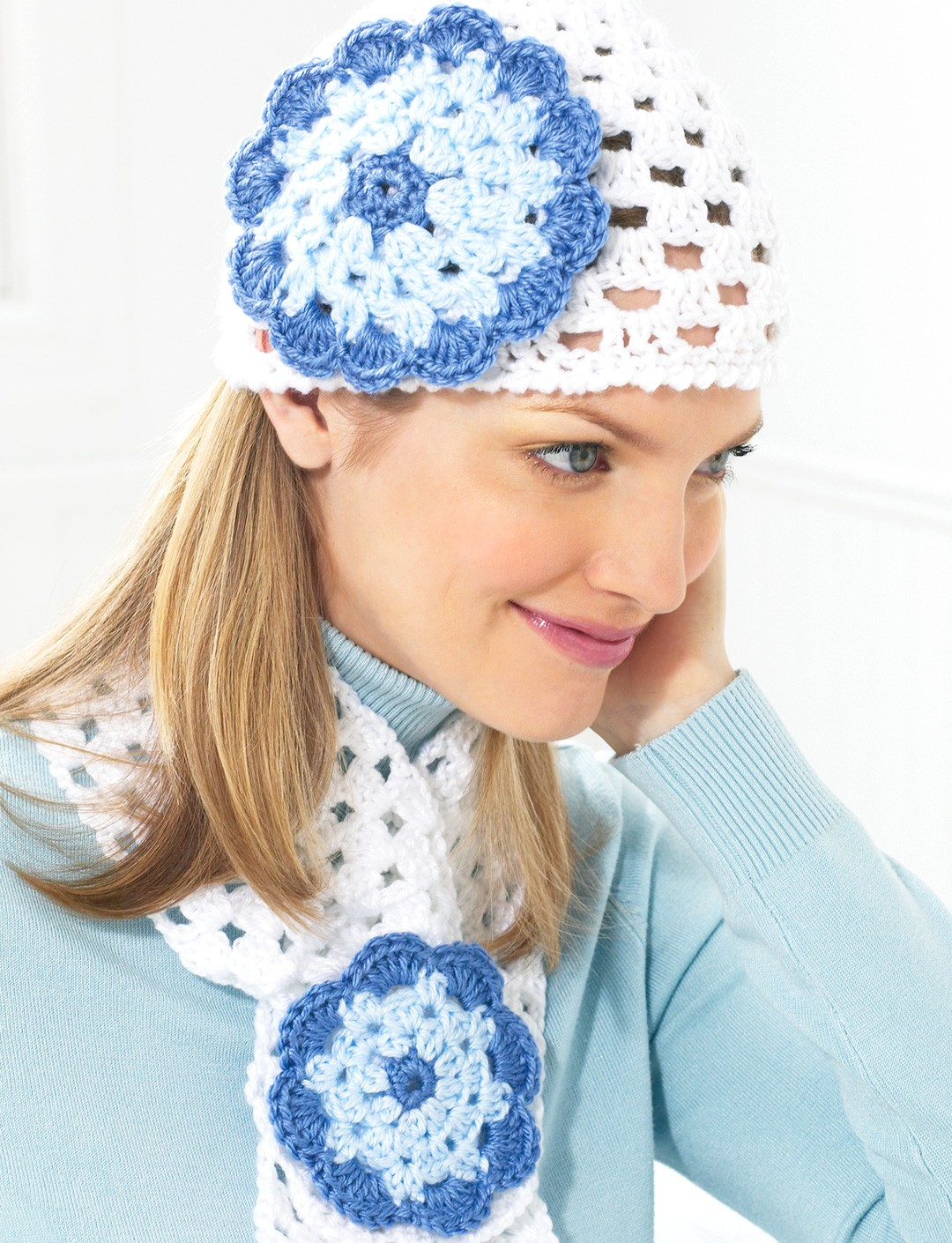 Flower Cap and Scarf - Winter