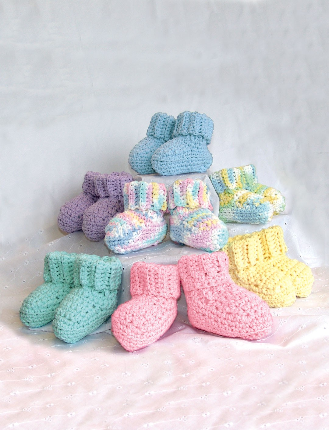 Bernat Crochet Baby Bib Pattern : Handicrafter Cotton - Bibs & Booties (crochet) - Patterns ...