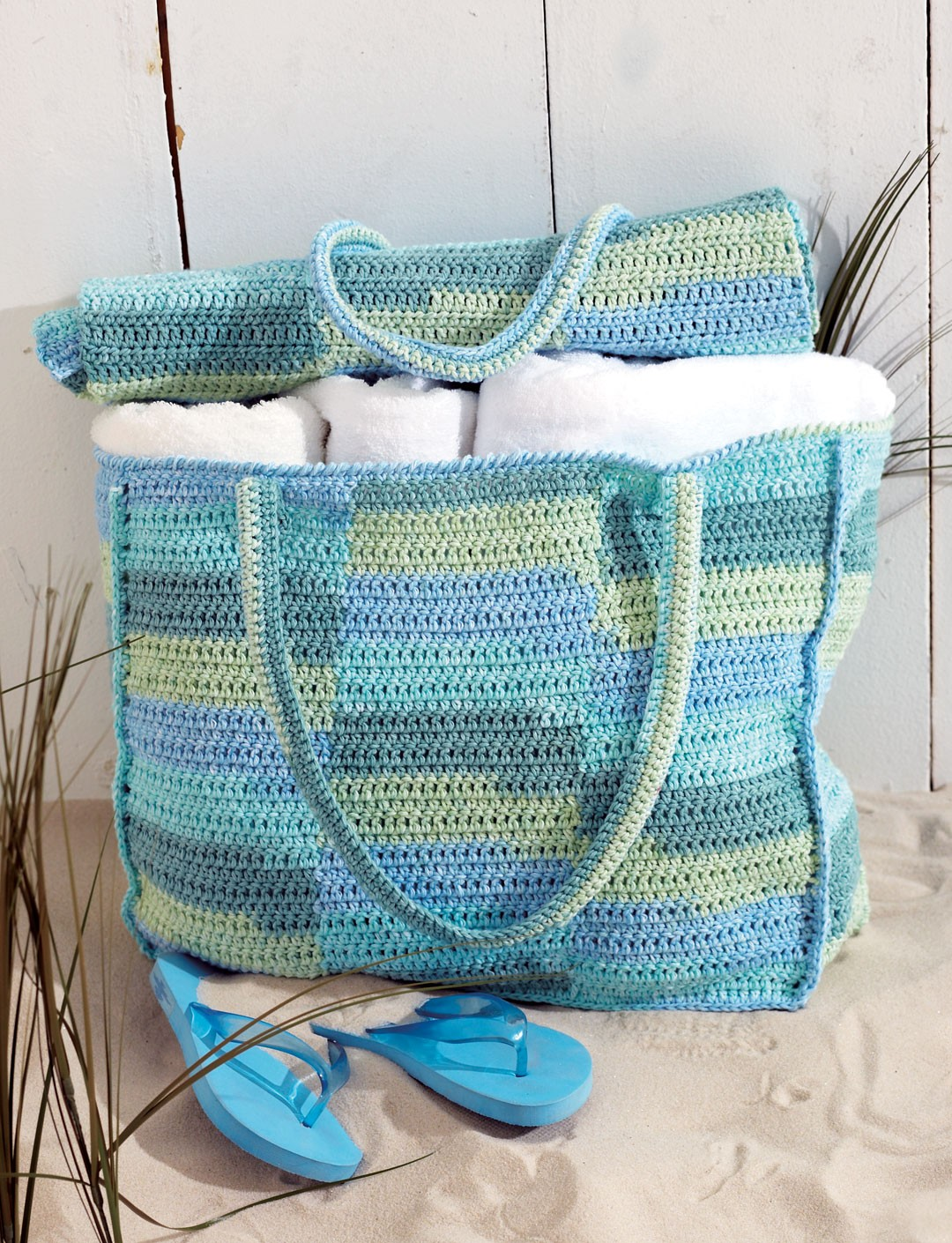 Beach Bag & Mat - Patterns | Yarnspirations