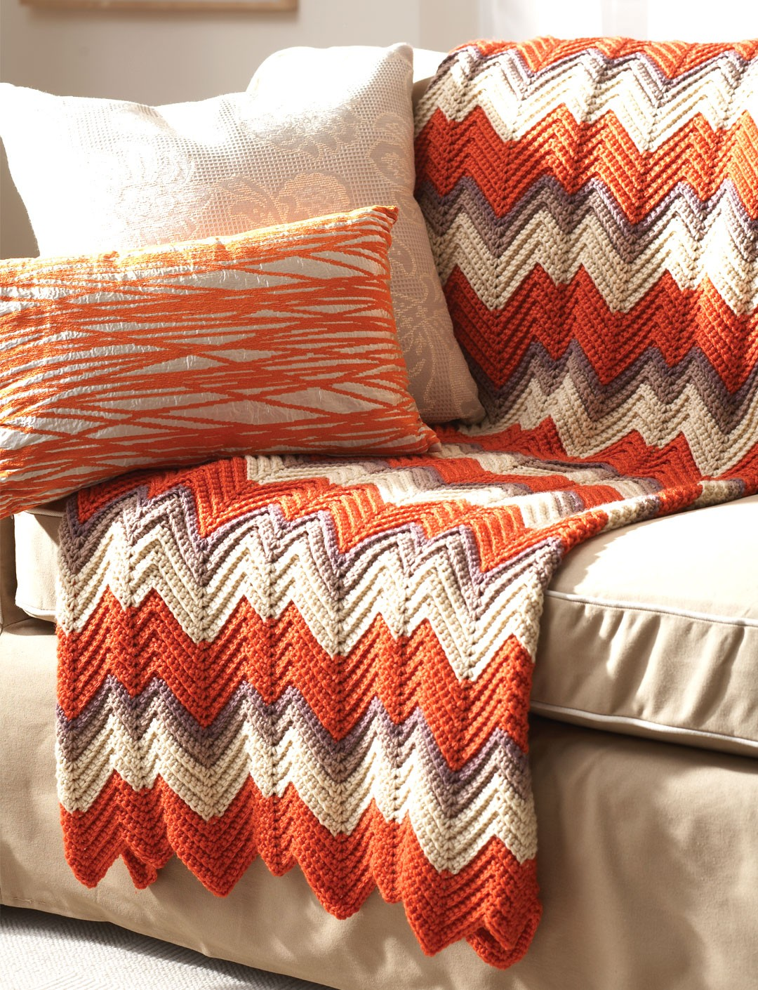Knitted Zig Zag Afghan Pattern : Zig-Zag Afghan - Patterns Yarnspirations