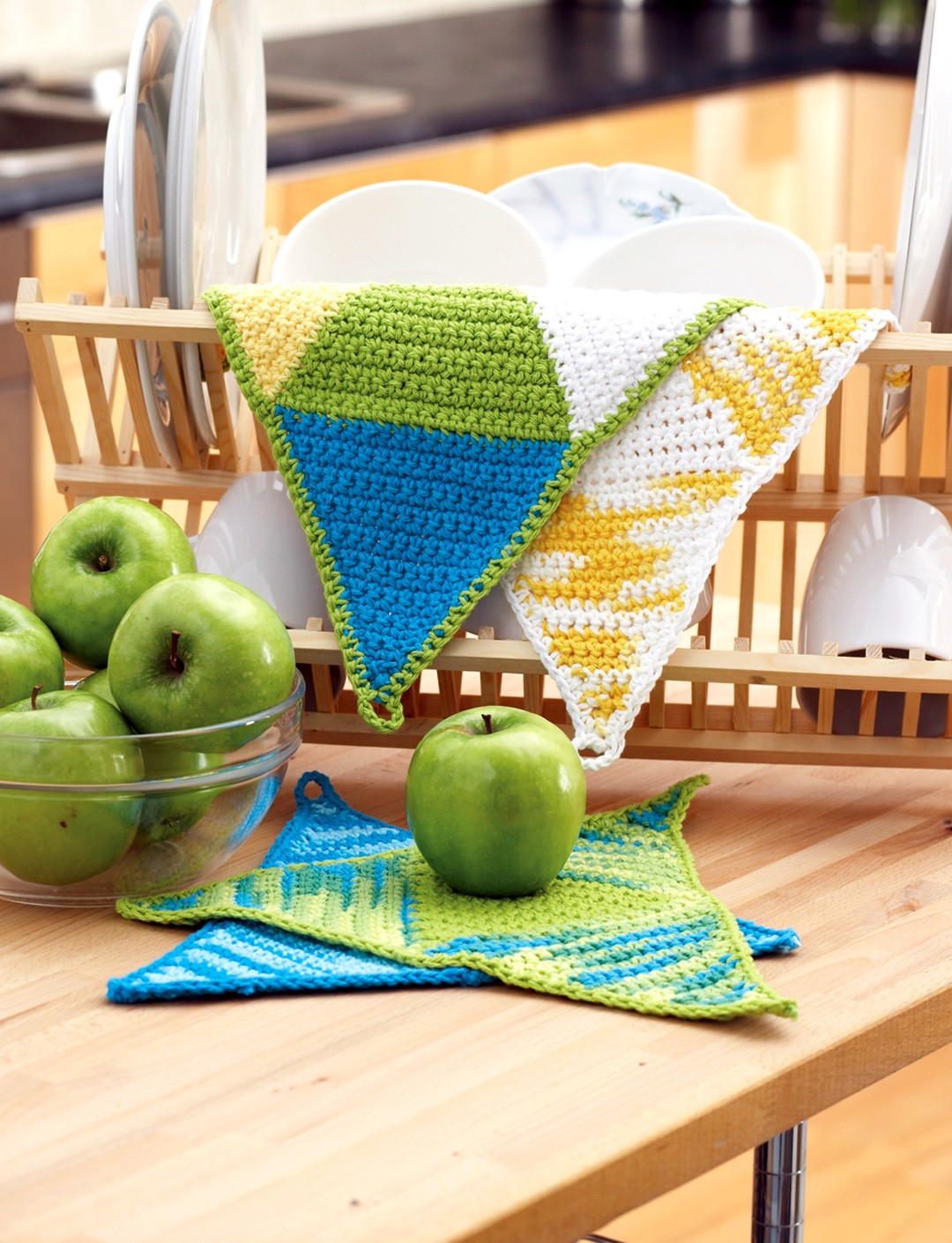 Springtime Triangles Dishcloth