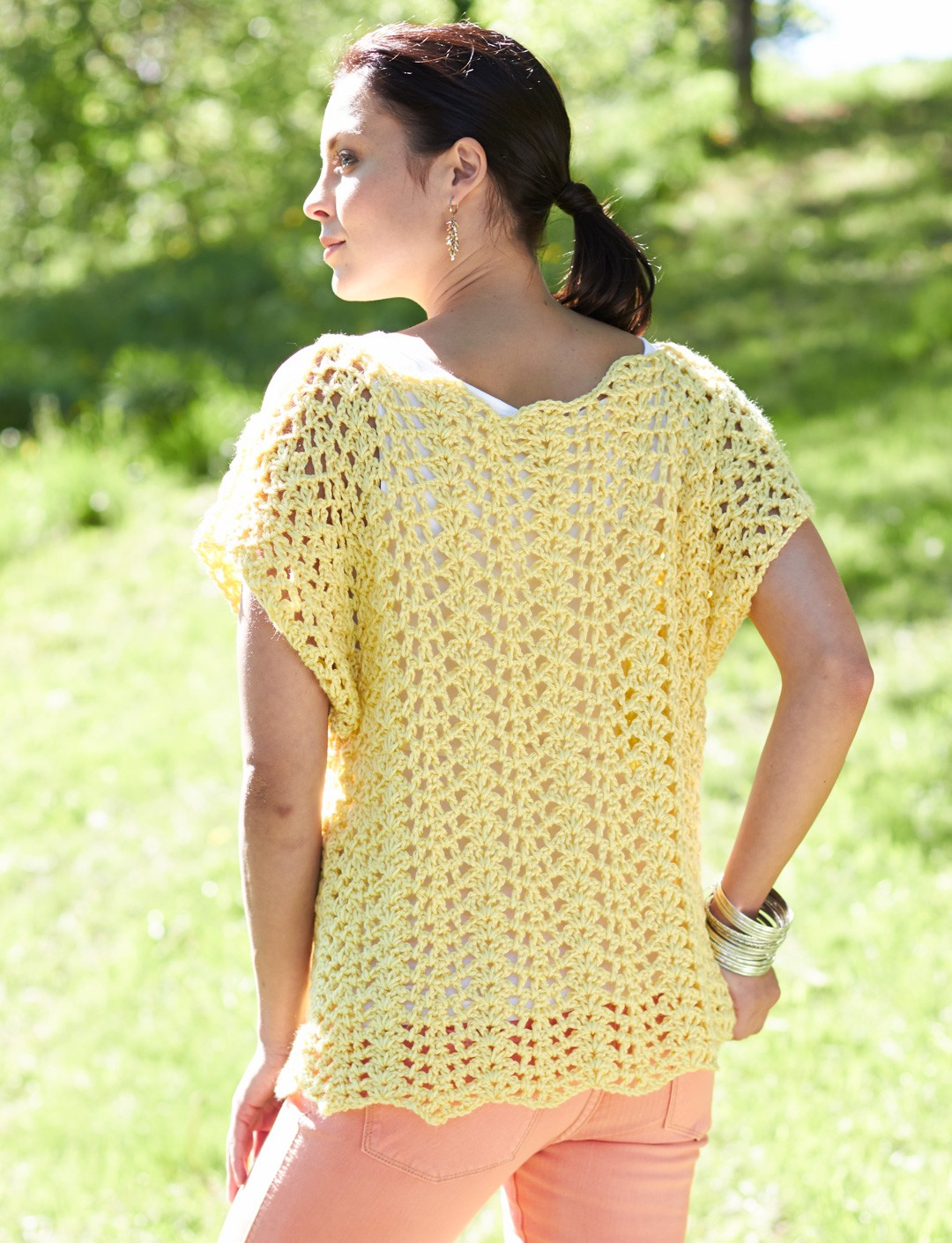Caron crochet scalloped top crochet pattern yarnspirations crochet scalloped top bankloansurffo Image collections