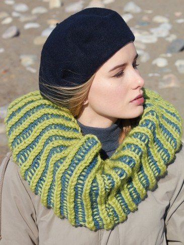 Free Knitting Pattern For Mobius Cowl : Patons Mobius Cowl, Knit Pattern Yarnspirations