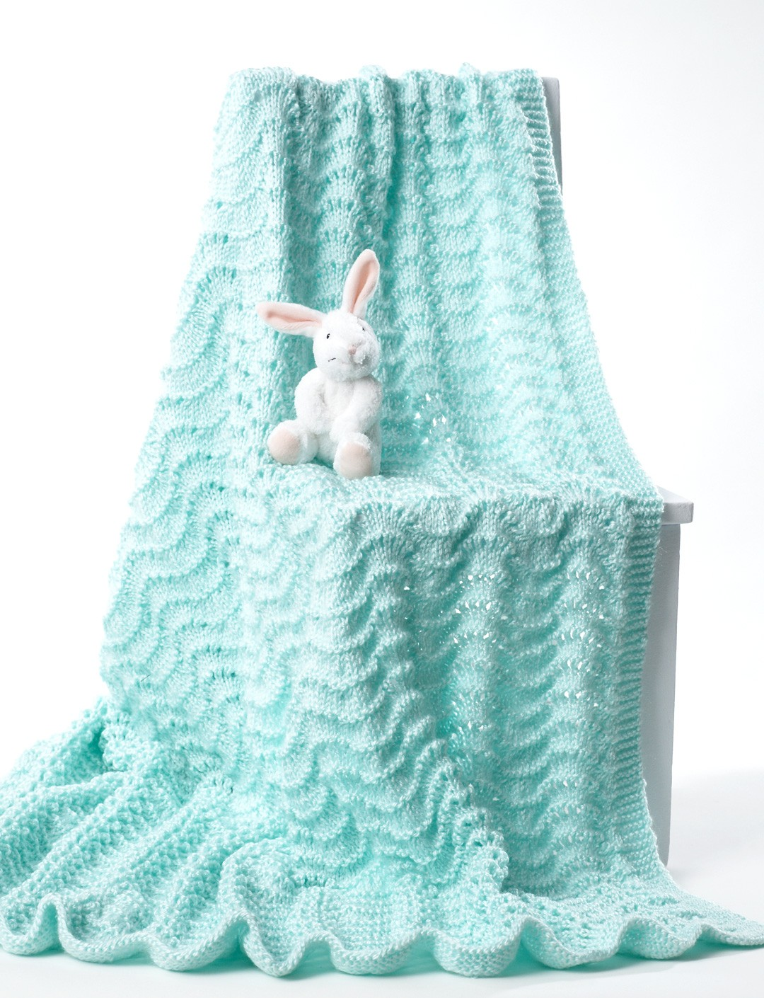 Knitting Patterns For Baby Comfort Blankets : Bernat Knit Baby Blanket, Knit Pattern Yarnspirations