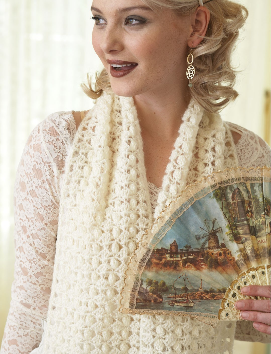Free Crochet Patterns Using Patons Lace Yarn : Patons Delicate Scarf, Crochet Pattern Yarnspirations
