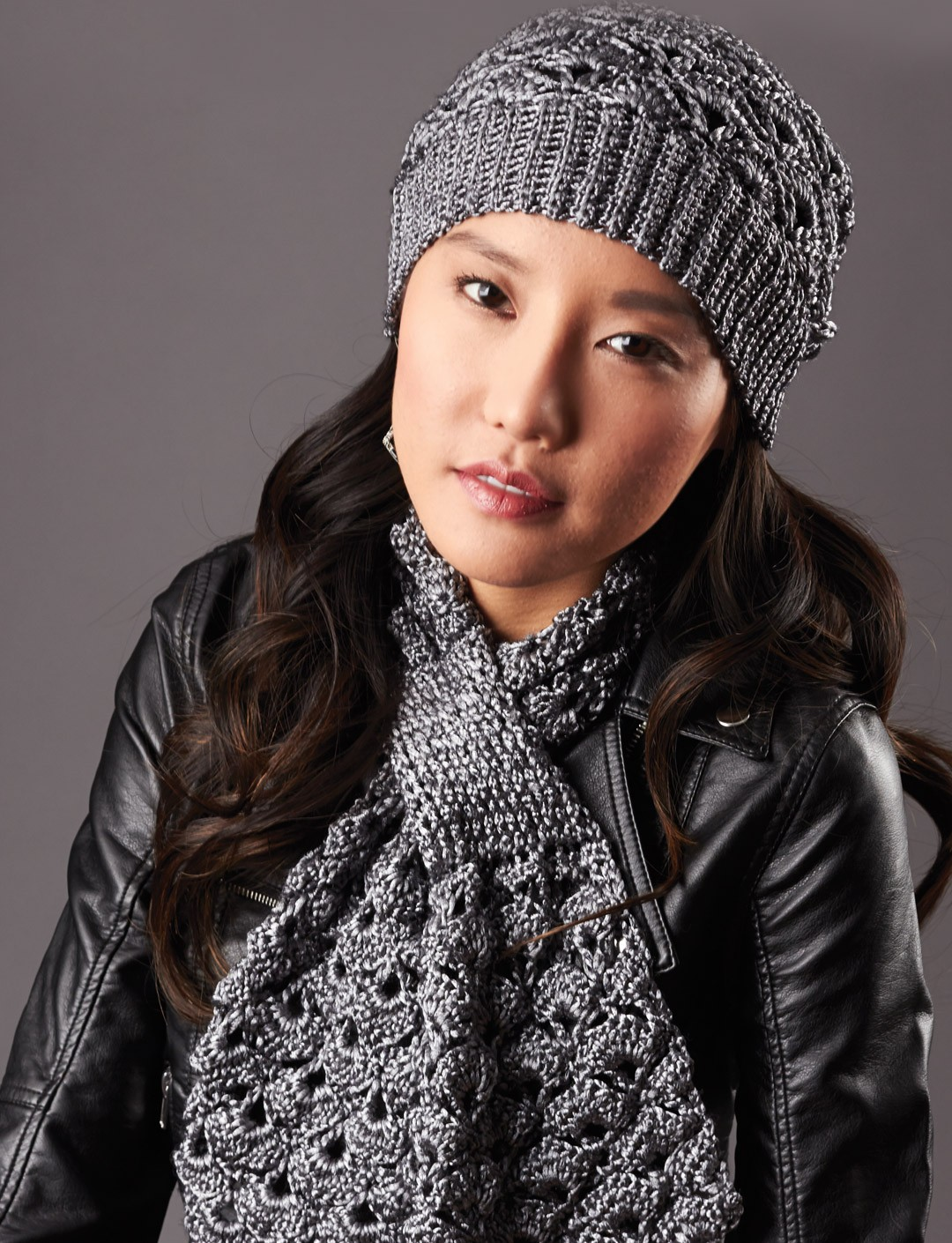 Free Knitting Pattern For Cushion Cover : Patons Silver Screen Hat and Scarf, Crochet Pattern Yarnspirations
