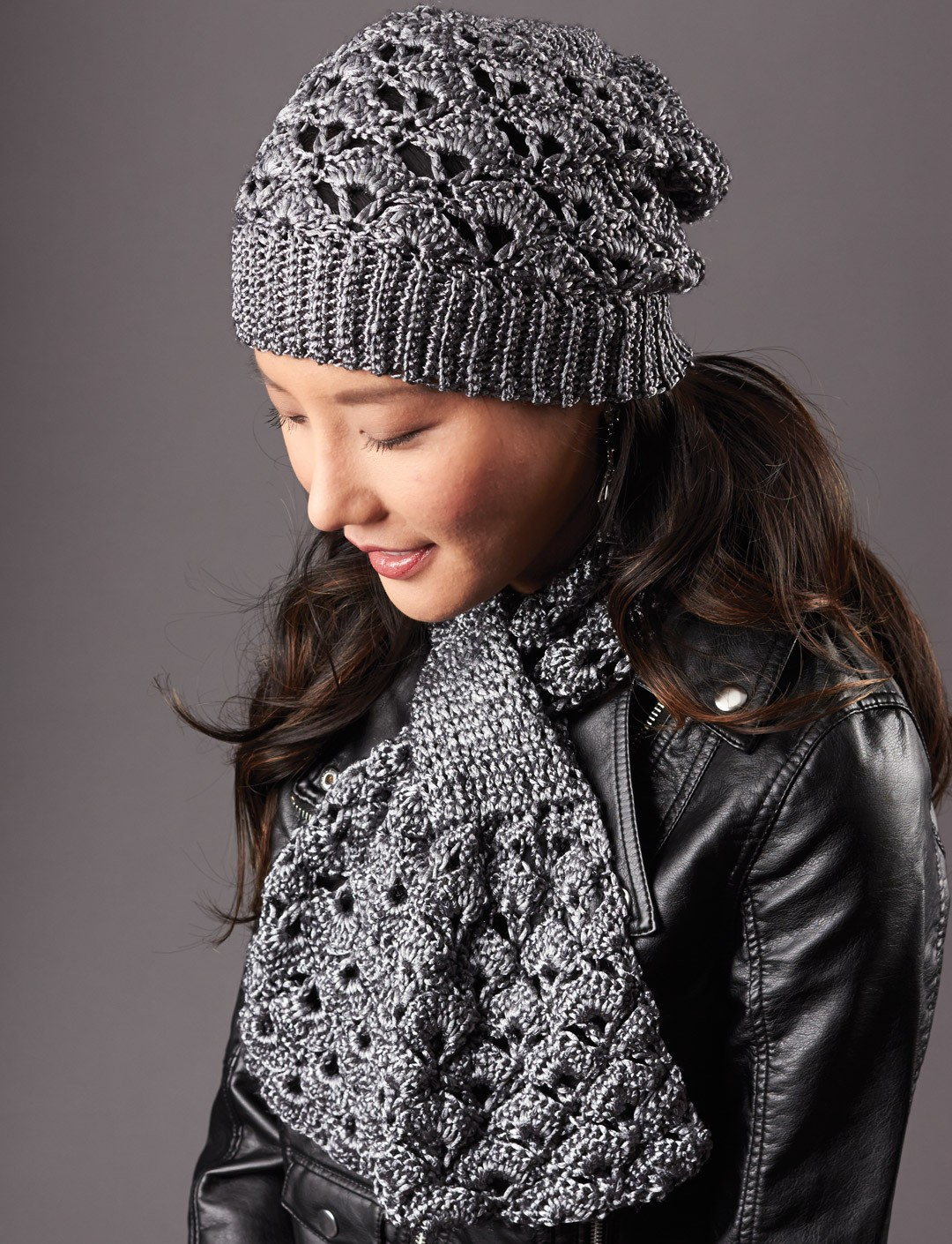 Knitting Patterns Scarf And Hat : Patons Silver Screen Hat and Scarf, Crochet Pattern Yarnspirations