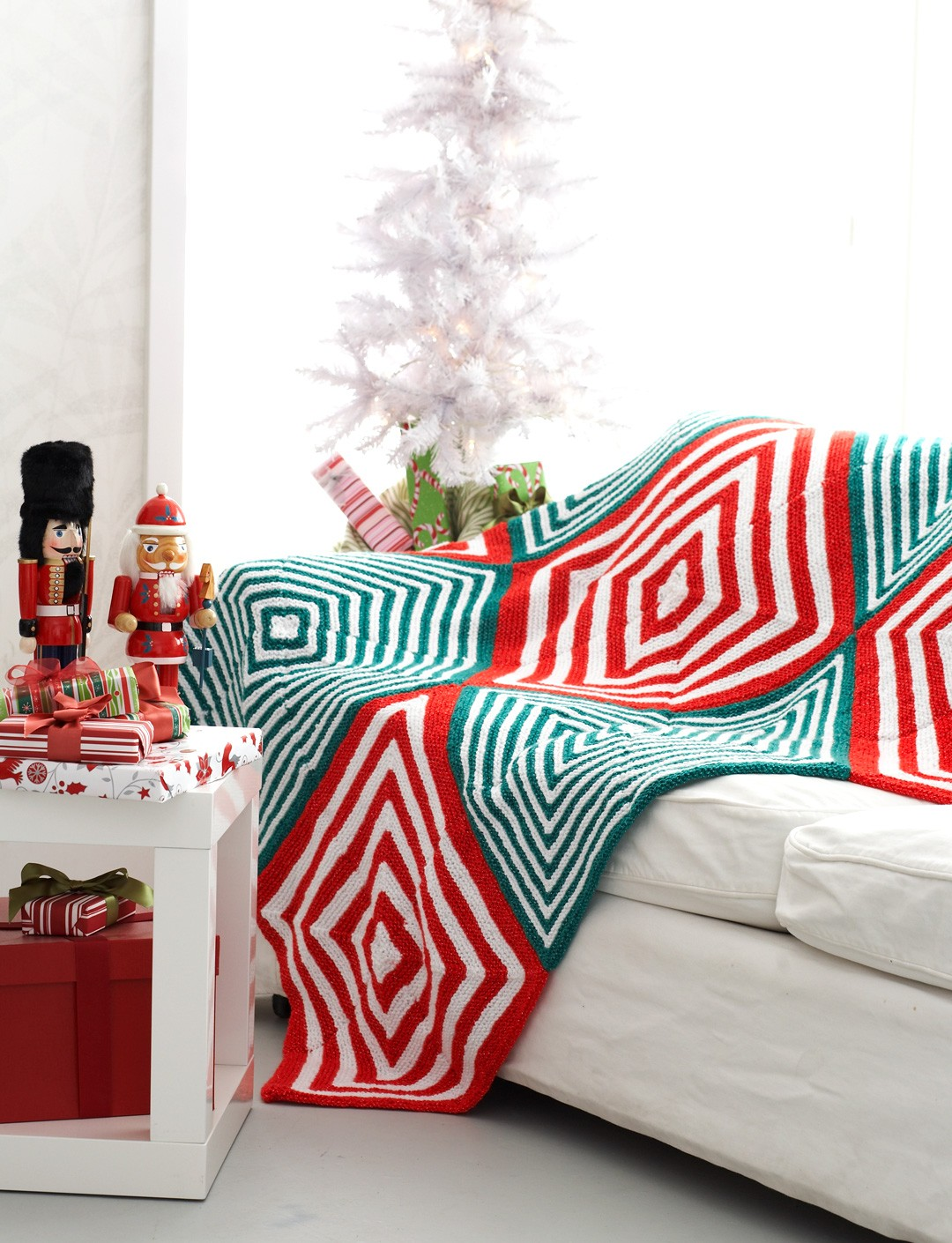 Mitered Christmas Blanket