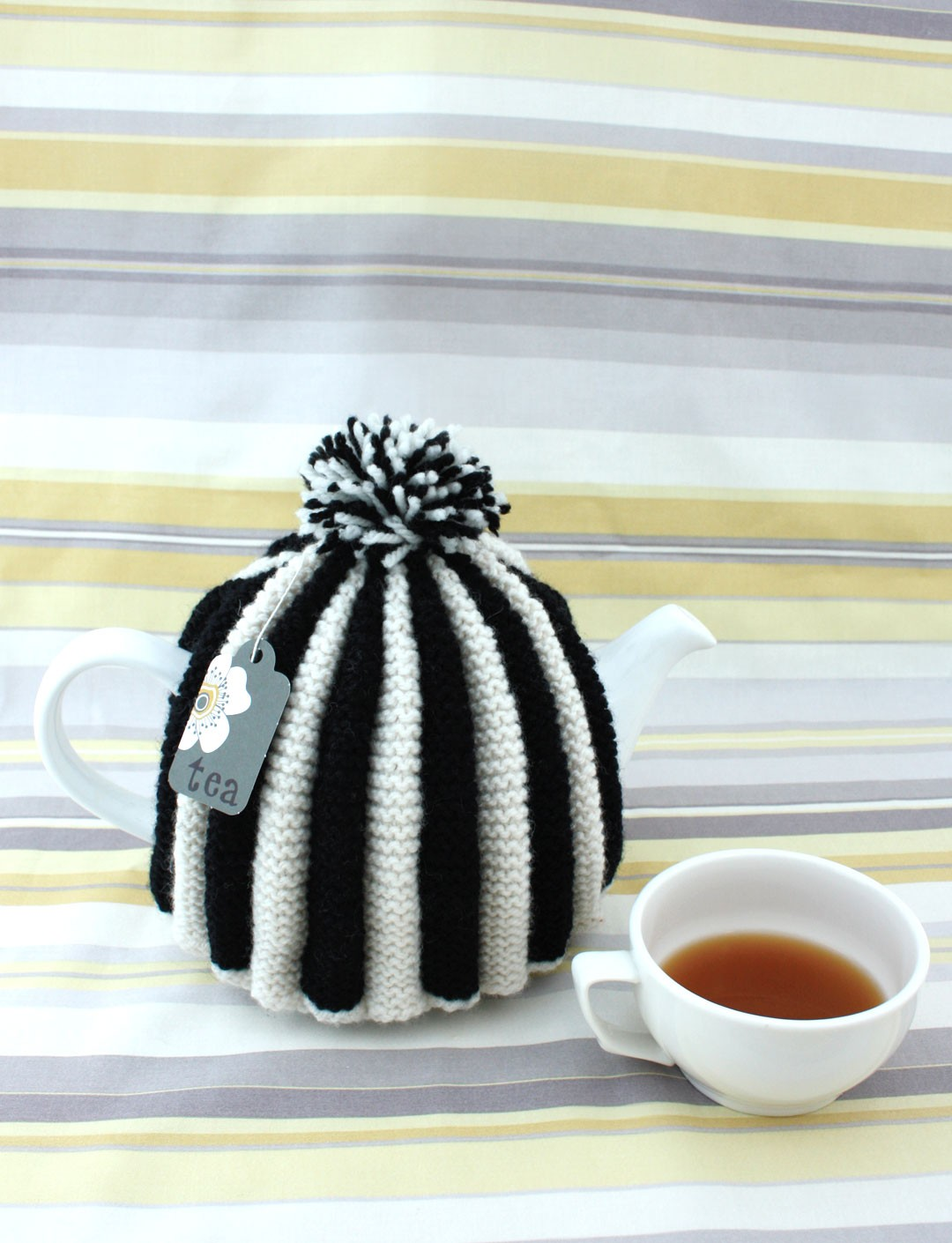 Classic Pleated Tea Cozy
