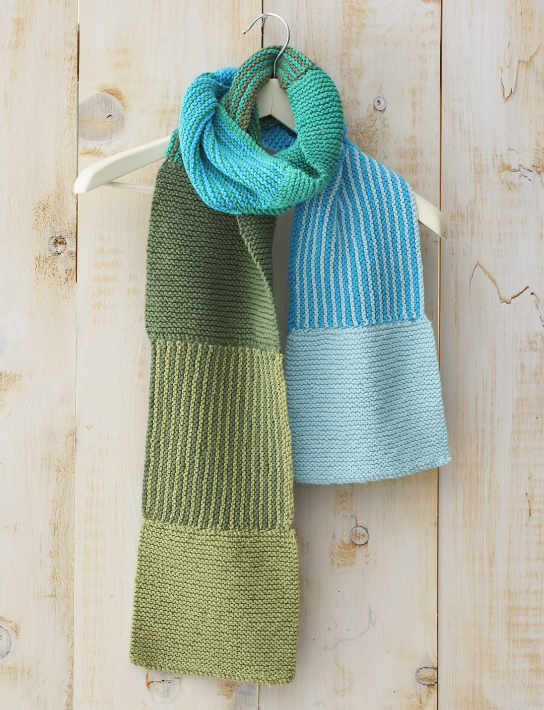 Shifting Colors Scarf