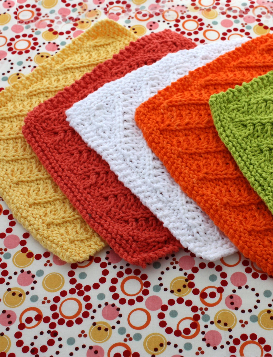 Free Crochet Pattern For Diagonal Dishcloth : Lily Diagonal Stitch Dishcloth, Knit Pattern Yarnspirations