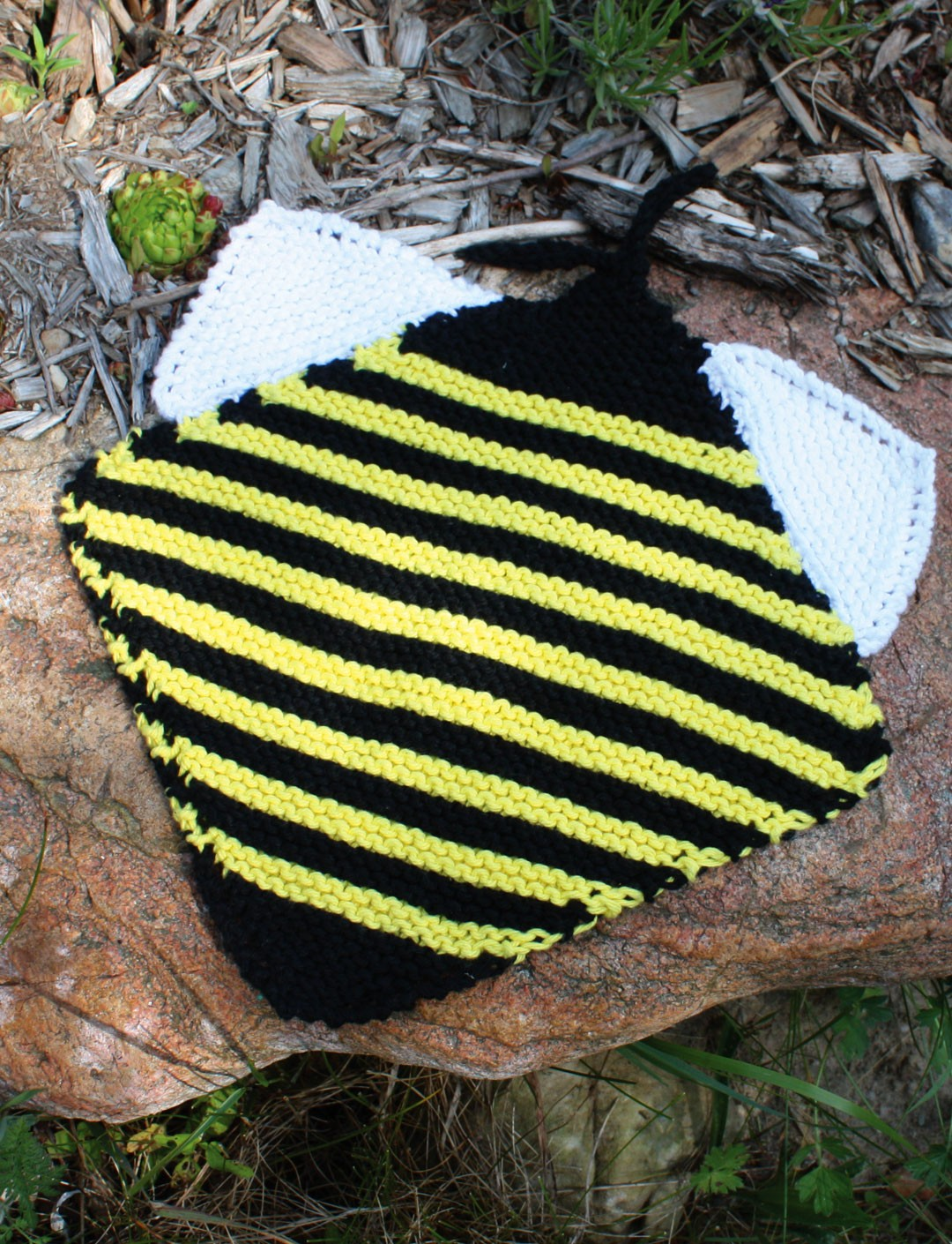 Lily Bee Dishcloth, Knit Pattern Yarnspirations