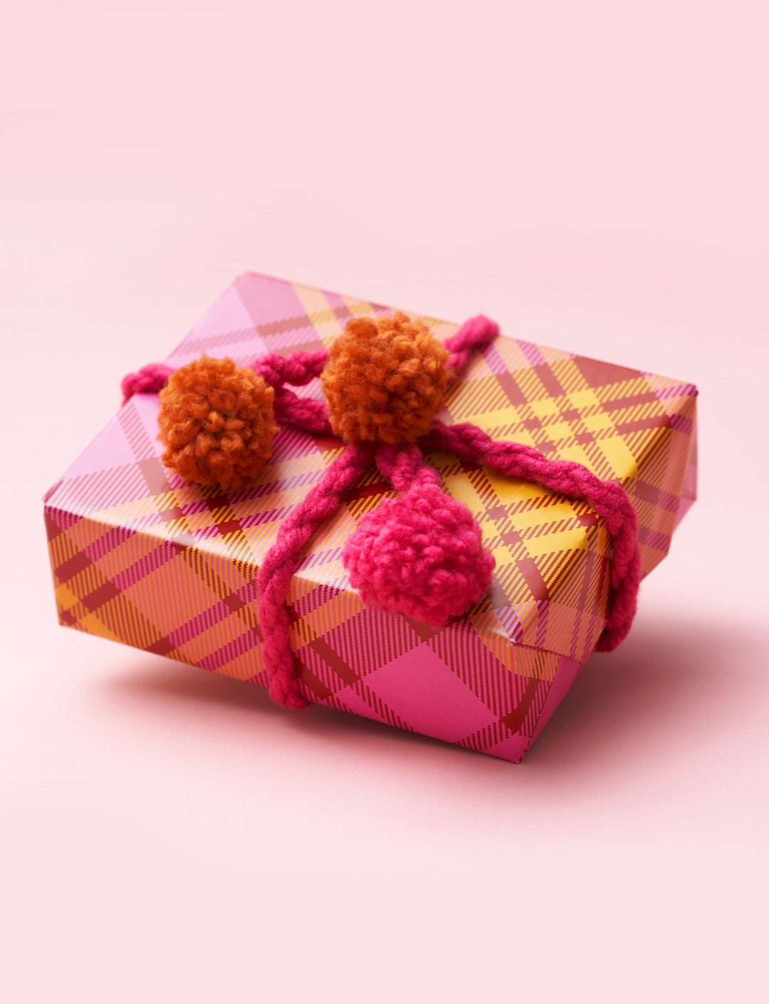 Pompom Gift Decoration