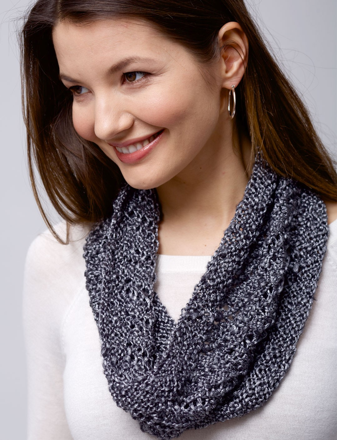Free Knitting Pattern For Spiral Scarves : Patons Spiral Cowl, Knit Pattern Yarnspirations