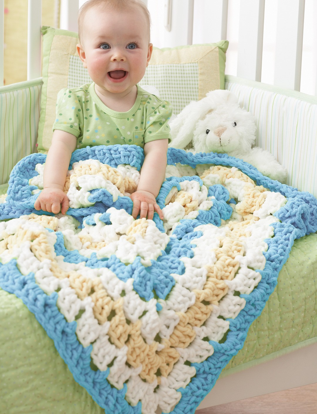Bernat Baby Blanket Knitting Patterns : Bernat From the Middle Baby Blanket, Crochet Pattern Yarnspirations