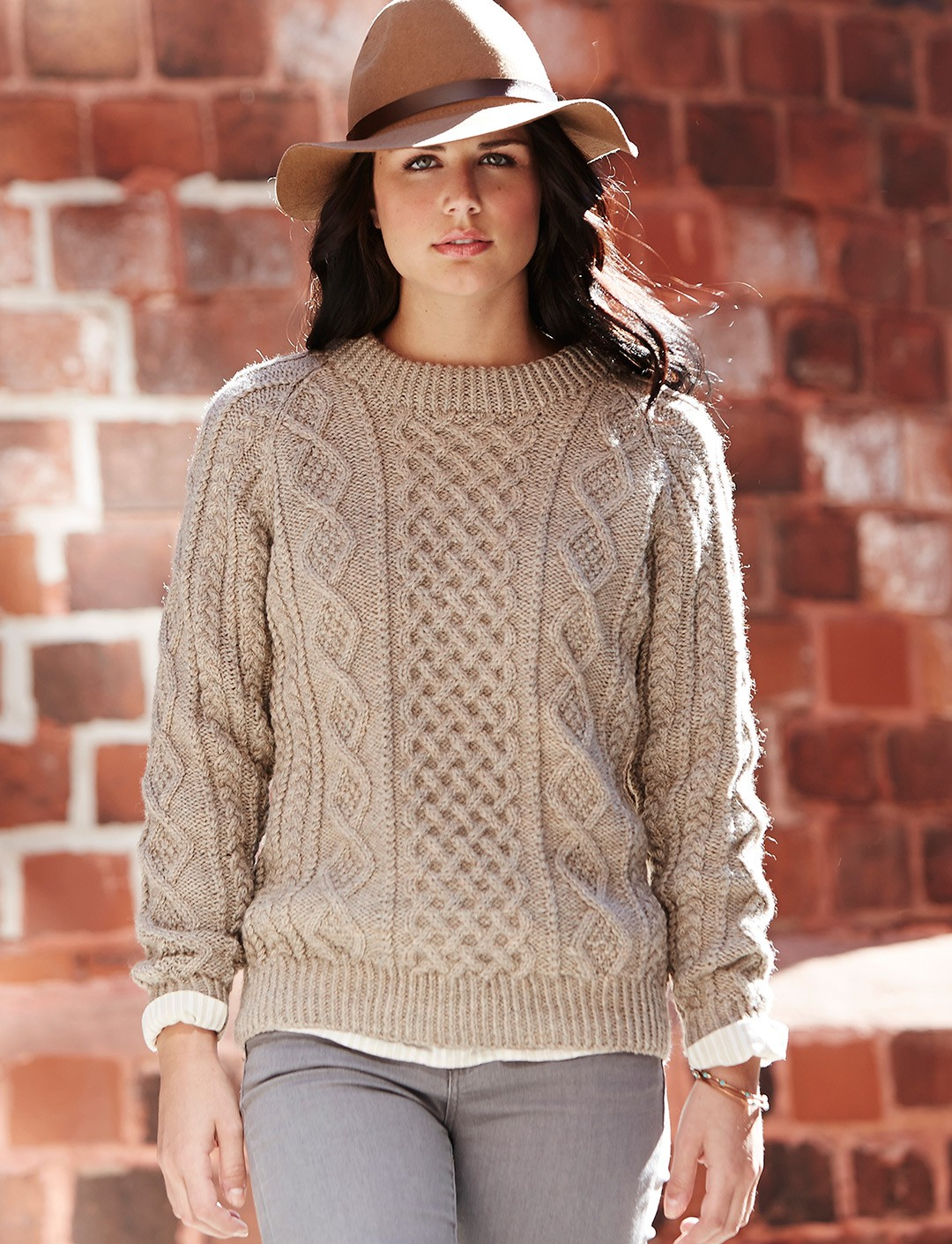 Amazing Knitting Patterns : Patons Honeycomb Aran, Knit Pattern Yarnspirations
