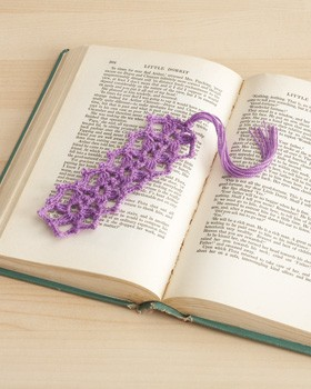 Daisy Chain Bookmark