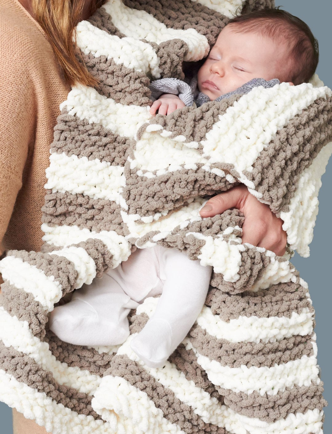 Bernat Baby Blanket Knitting Patterns : Bernat In A Wink Baby Blanket, Knit Pattern Yarnspirations