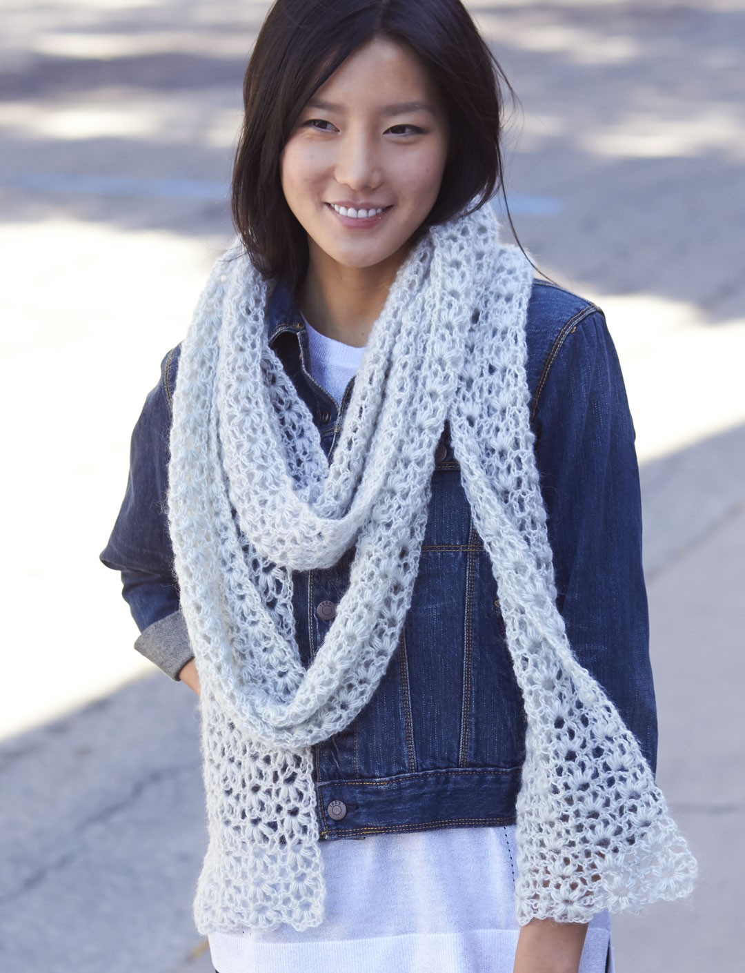 Free Crochet Patterns Using Patons Lace Yarn : Patons Snow Puff Scarf, Crochet Pattern Yarnspirations