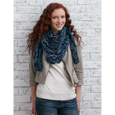 Arm Knit Triangular Kerchief