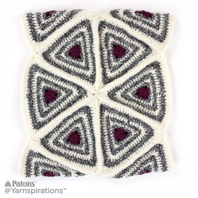 Radiating Triangles Crochet Cowl